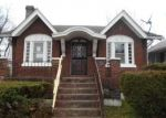 Foreclosed Home in Louisville 40210 CYPRESS ST - Property ID: 4394818251