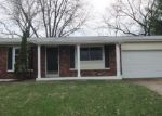 Foreclosed Home in Maryland Heights 63043 GLENCLIFF DR - Property ID: 4394863814