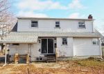 Foreclosed Home in Lindenhurst 11757 43RD ST - Property ID: 4394919878