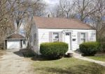 Foreclosed Home in Waterford 48328 BOSTON AVE - Property ID: 4395899168