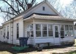 Foreclosed Home in Mount Carmel 62863 W 10TH ST - Property ID: 4396104142