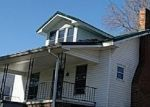 Foreclosed Home in Paint Lick 40461 COLLEGE HL - Property ID: 4396105461