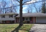 Foreclosed Home in Mount Vernon 62864 WILDWOOD DR - Property ID: 4396114668