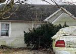 Foreclosed Home in Winchester 40391 ECTON RD - Property ID: 4396539945