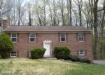 Foreclosed Home in Clinton 20735 COLONIAL LN - Property ID: 4396842574