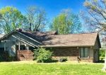 Foreclosed Home in Marion 62959 W LAKEVIEW RD - Property ID: 4396913974
