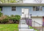 Foreclosed Home in Columbus 43227 QUEENSROWE DR - Property ID: 4397917355