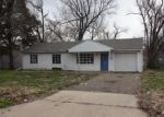Foreclosed Home in Topeka 66611 SW CLARE AVE - Property ID: 4398317224