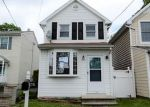 Foreclosed Home in Trenton 08619 MORGAN AVE - Property ID: 4399678454