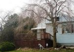 Foreclosed Home in Temperance 48182 LEWIS AVE - Property ID: 4400163737