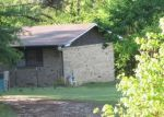 Foreclosed Home in Karnack 75661 MARSHALL LEIGH RD - Property ID: 4400914866