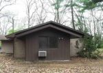 Foreclosed Home in Edwardsburg 49112 HILLVIEW DR - Property ID: 4401118966