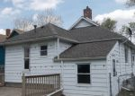 Foreclosed Home in Bay City 48706 N WENONA ST - Property ID: 4402099573