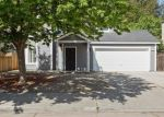 Foreclosed Home in Fresno 93722 N DEWEY AVE - Property ID: 4403273342