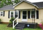 Foreclosed Home in Anderson 29626 MANLEY DR - Property ID: 820054801