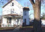 Pre Foreclosure in Piper City 60959 W WALNUT ST - Property ID: 1001763636