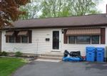 Pre Foreclosure in Bristol 06010 LAKE AVE - Property ID: 1046768979