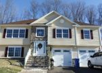Pre Foreclosure in Waterbury 06708 JOSHUA TOWN RD - Property ID: 1048612846