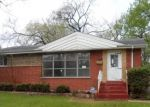 Pre Foreclosure in Chicago Heights 60411 SHERRY LN - Property ID: 1051089130
