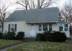 Pre Foreclosure in Hamden 06514 W SIDE DR - Property ID: 1052392551