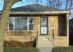 Pre Foreclosure in Chicago 60617 S KINGSTON AVE - Property ID: 1052400878
