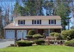 Pre Foreclosure in East Hartford 06118 ZIMMER RD - Property ID: 1056535340