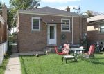 Pre Foreclosure in Riverside 60546 HAINSWORTH AVE - Property ID: 1056619885