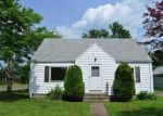 Pre Foreclosure in East Hartford 06118 CLEMENT RD - Property ID: 1057163399