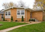 Pre Foreclosure in Calumet City 60409 PRAIRIE AVE - Property ID: 1059314733