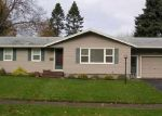 Pre Foreclosure in Rochester 14617 KINGS LN - Property ID: 1059765856