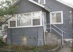 Pre Foreclosure in Freeport 11520 EAST AVE - Property ID: 1067373899