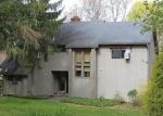 Pre Foreclosure in New Fairfield 06812 SLEEPY HOLLOW RD - Property ID: 1068241965