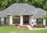Pre Foreclosure in La Place 70068 OAK POINT DR - Property ID: 1074376661