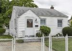 Pre Foreclosure in Uniondale 11553 GREENGROVE AVE - Property ID: 1079758929