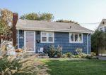 Pre Foreclosure in Stratford 06615 OAK BLUFF AVE - Property ID: 1089529683