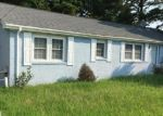 Pre Foreclosure in Elizabeth City 27909 WALKER AVE - Property ID: 1090502418