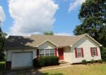 Pre Foreclosure in Clarksville 37042 LEWTER DR - Property ID: 1091048575