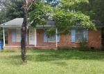 Pre Foreclosure in Laurinburg 28352 WELCH ST - Property ID: 1093559924