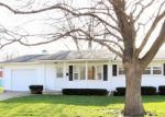 Pre Foreclosure in Waterloo 50702 W 9TH ST - Property ID: 1095308754