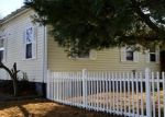 Pre Foreclosure in Waterloo 62298 W MILL ST - Property ID: 1097312474