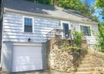Pre Foreclosure in Shelton 06484 ROCKY REST RD - Property ID: 1103703389