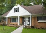 Pre Foreclosure in Toledo 43615 WEDGEWOOD CT - Property ID: 1107556696