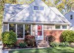 Pre Foreclosure in Euclid 44132 E 257TH ST - Property ID: 1107937731