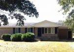 Pre Foreclosure in Wallace 28466 DEEP BOTTOM RD - Property ID: 1131133257