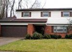 Pre Foreclosure in Cincinnati 45231 MEADOWIND CT - Property ID: 1143173611