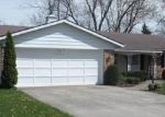 Pre Foreclosure in Fort Wayne 46816 VERONA DR - Property ID: 1145488300
