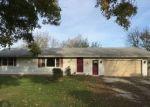 Pre Foreclosure in Farmington 61531 S CUNNINGHAM RD - Property ID: 1148458192