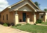 Pre Foreclosure in Mangum 73554 N LOUIS TITTLE AVE - Property ID: 1148611942