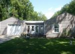 Pre Foreclosure in Cincinnati 45230 RAINBOW LN - Property ID: 1149663958