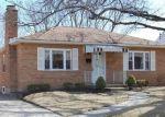 Pre Foreclosure in Cincinnati 45215 W CREST DR - Property ID: 1149728321